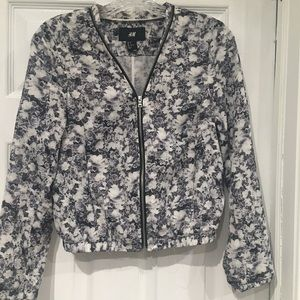 H&M Floral Zip-Up Blouse-Size Small